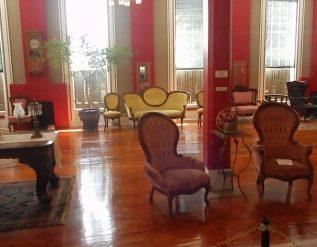 grand-ballroom-at-patee-house-museum-st-joseph-missouri-2018