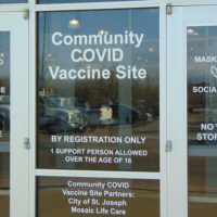 mosaic-encourages-residents-to-get-their-shots-before-gordmans-clinic-closes