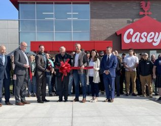 caseys-opens-new-distribution-center-in-missouri