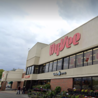 hy-vee-dropping-mandatory-mask-policy-for-vaccinated-shoppers