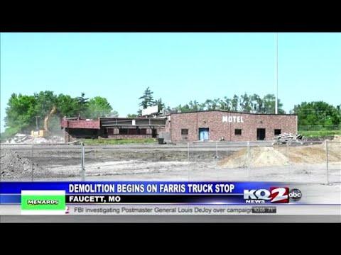 demolition-begins-on-farris-truck-stop