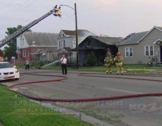 fire-displaces-three-damages-three-homes