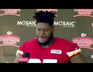 chiefs-rookie-offensive-lineman-trey-smith-talks-about-starting-camp