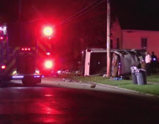 two-injured-in-rollover-crash